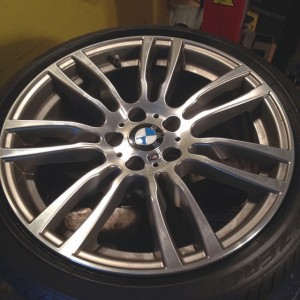 MSeries BMW LowProfile RunFlat boston tire Tires